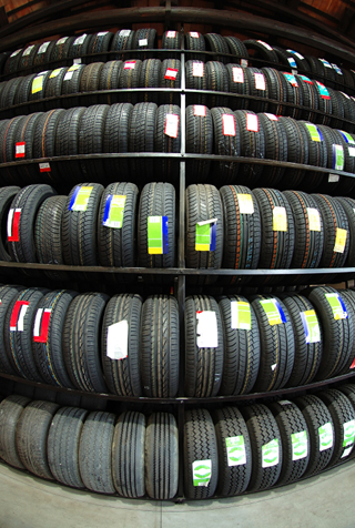 Buying & fitting your tyres at AutoCentre Rushden